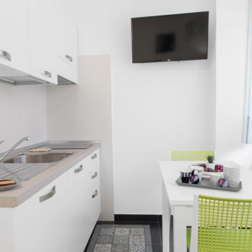 Acquaviva Apartments - Stanza Tonica Appartamenti a Napoli 02