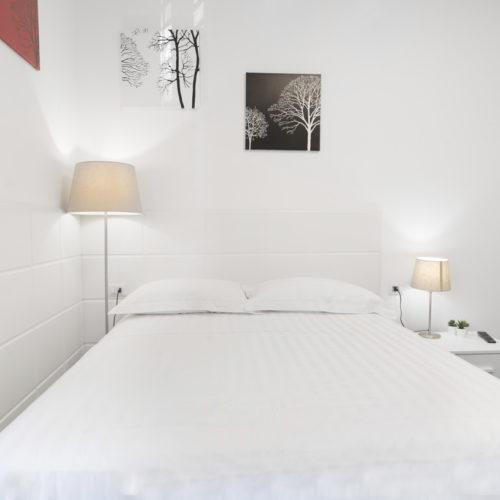 Acquaviva Apartments - Stanza Tonica Appartamenti a Napoli 06